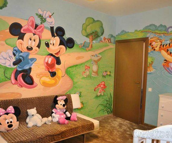 1402421385camera-brasov-pictura-murala-winniesi-mickey